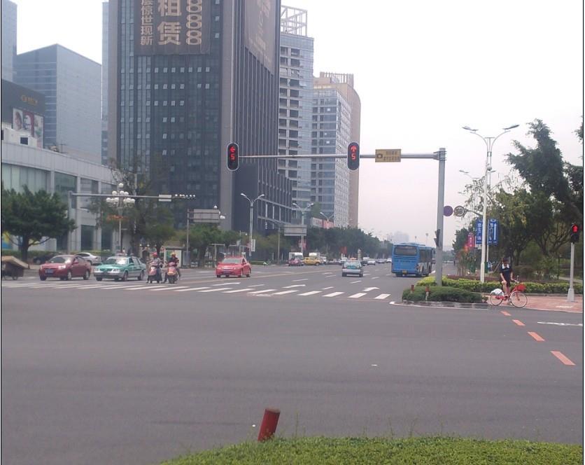 广东惠州市单8交通信号灯安装案例
