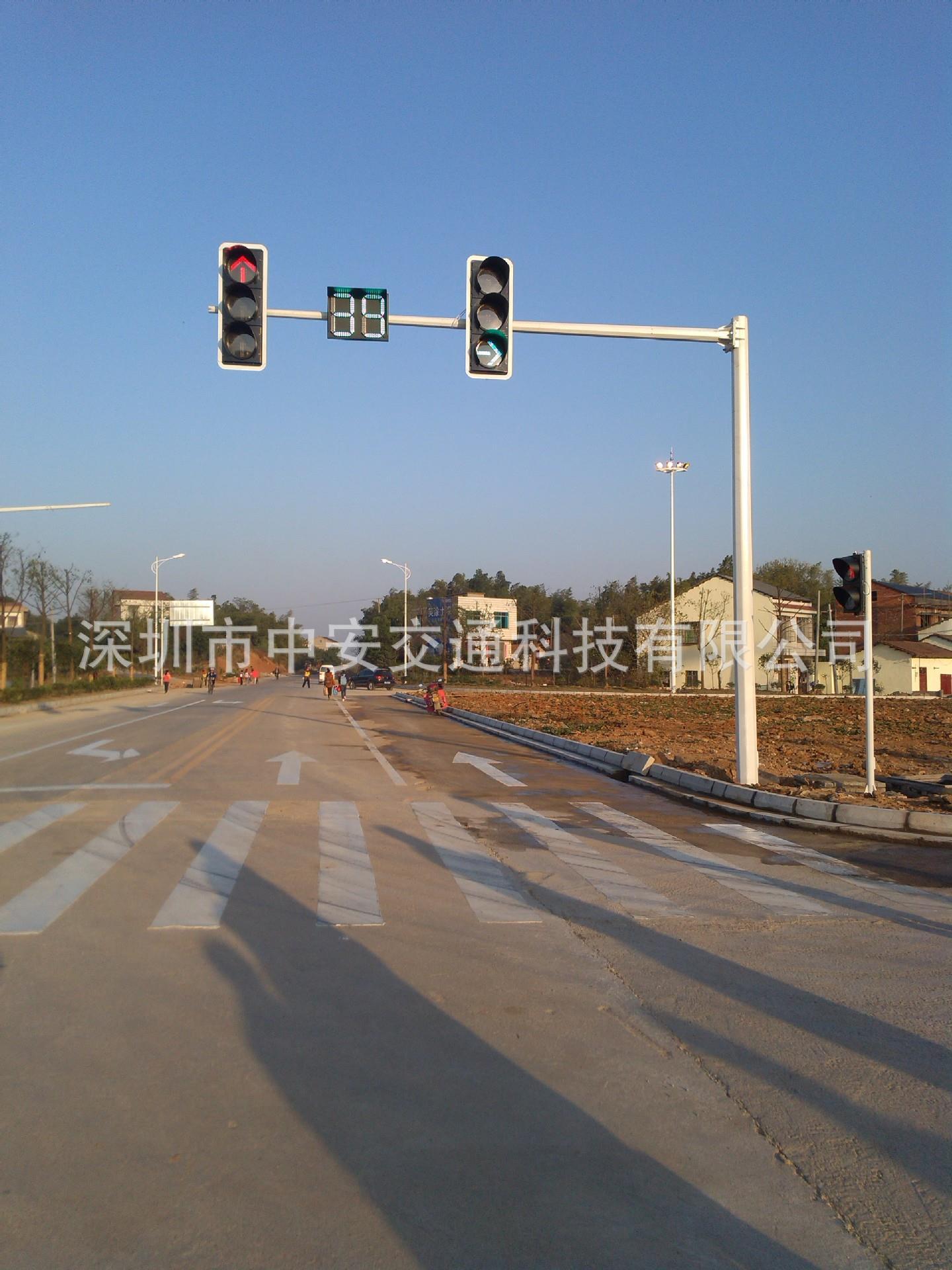湖南岳阳华容入城路口